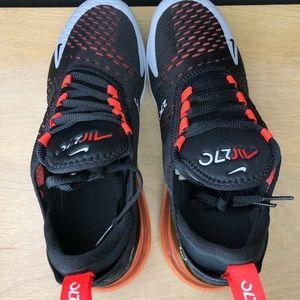 Nike Air Max 270 Hyper Crimson BV1246 015 NWT